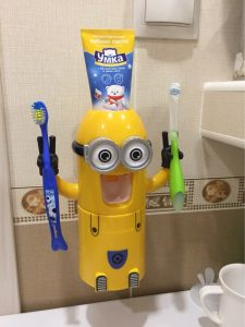 Automatic Toothpaste Squeezer